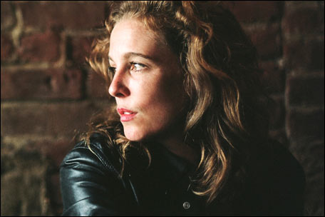 Tift Merritt Duets With Andrew Bird, Finds Musicial Sweet Spot on 'Traveling Alone'