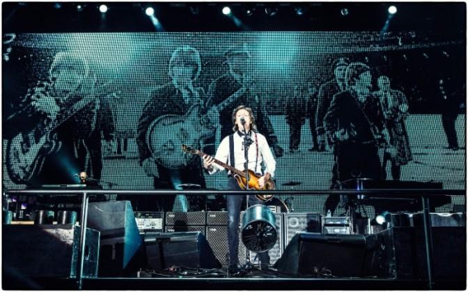 Paul McCartney at Candlestick (© MJ Kim / MPL Communications)