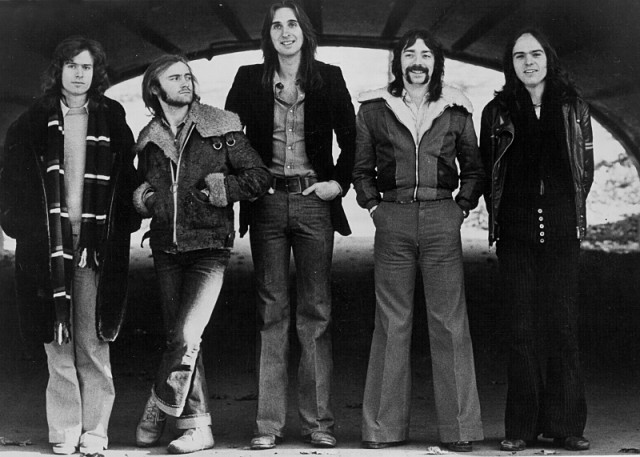 CIRCA 1973: (L-R) Tony Banks, Phil Collins, Mike Rutherford, Steve Hackett and Peter Gabriel of the progressive rock band Genesis pose for a portrait in circa 1973. GENESIS: SUM OF THE PARTS. Copyright: Michael Ochs Archives/
