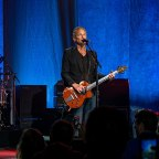 Lindsey Buckingham Returns With New Compilation, Fall Tour